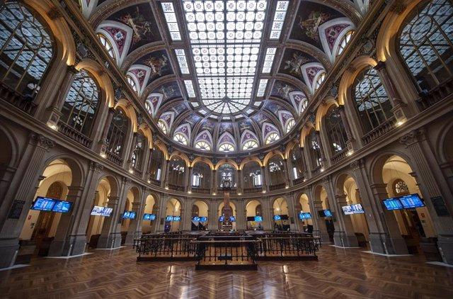 Archivo - Instalaciones del Palacio de la Bolsa de Madrid, a 18 de junio de 2021, en Madrid, (España).