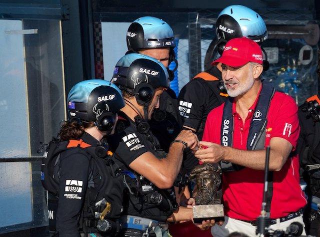 El Rey Felipe VI en la Spain Sail Grand Prix en Cádiz