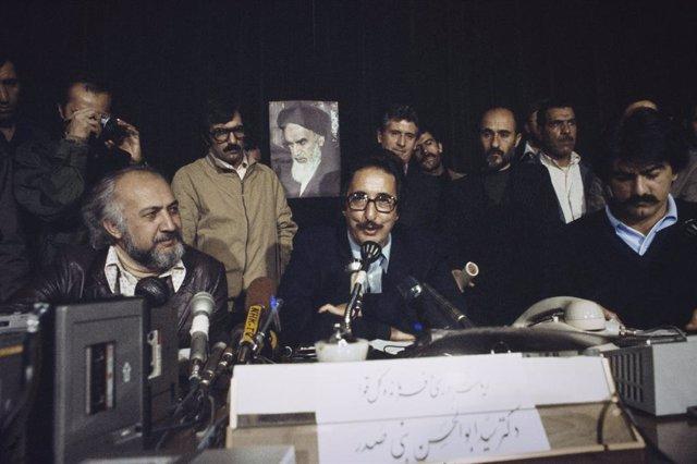 El primer presidente de Irán, Abolhassan Banisadr