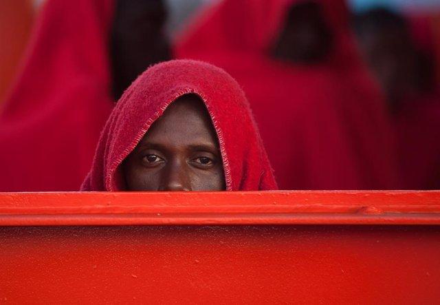 Archivo - Inmigrantes rescatados en el Mediterráneo