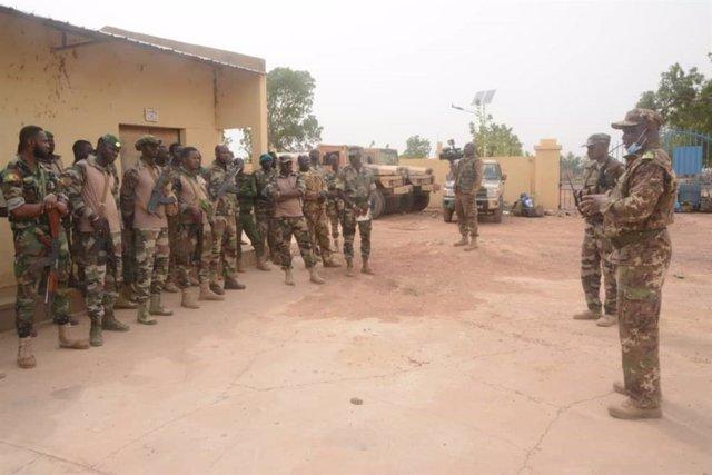 Archivo - Militares del Ejército de Malí