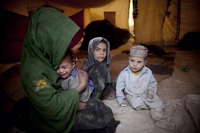 Archivo - Desplazados internos afganos en la capital de Afganistán, Kabul.
