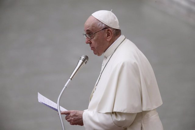 09 October 2021, Vatican, Vatican City: Pope Francis speaks during the audience for the participants in the preparatory Interparliamnetary meeting of COP26 at Paul VI hall. Photo: Evandro Inetti/ZUMA Press Wire/dpa