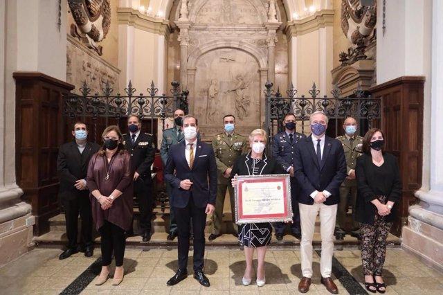 La presidenta del Colegio de Médicos nombrada 'Defensora de Zaragoza' por la Asociación de Los Sitios.