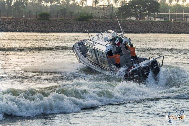 Una lancha rápida patrullera de la Marina de México