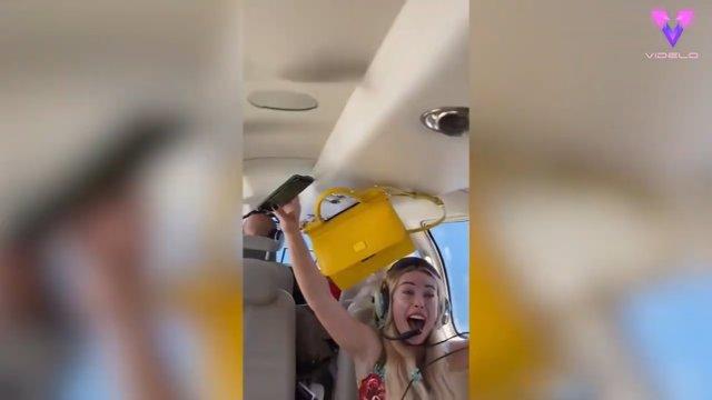 Un grupo de amigas pone a prueba su valentía con una divertida experiencia de gravedad cero en un avión