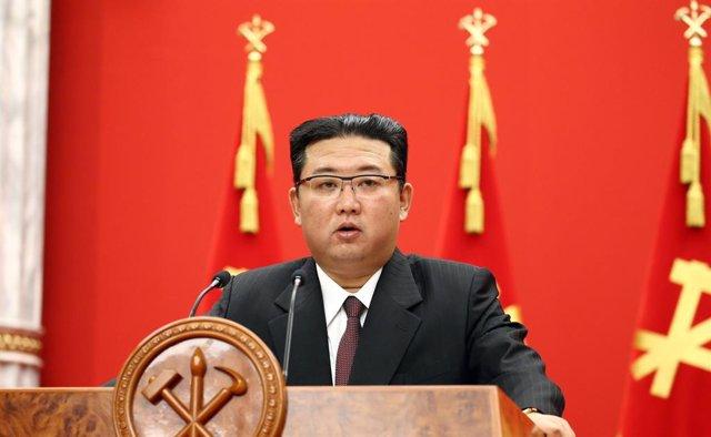 El líder norcoreano, Kim Jong Un, durante el aniveresario de la fundación del partido.