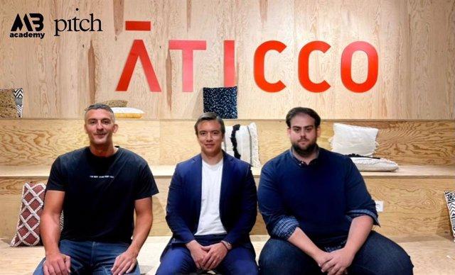 Alex Montoya, Daniel Noboa y Nicolás Castro