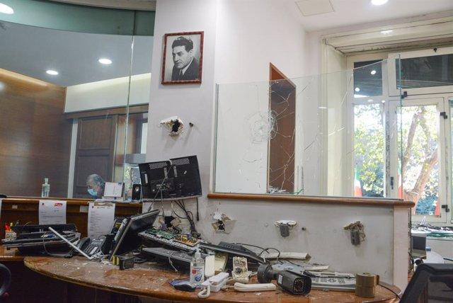 Sede del sindicato CGIL atacado por neofascistas en Roma