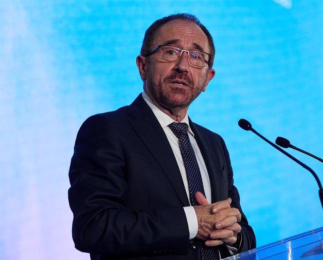 Archivo - El embajador de la Unesco en España, Juan Andrés Perelló, en el acto de celebración de la inscripción del 'Paisaje de la Luz' en la lista de Patrimonio Mundial de la UNESCO en la Galería de Cristal del Palacio de Cibeles, a 27 de julio de 2021,
