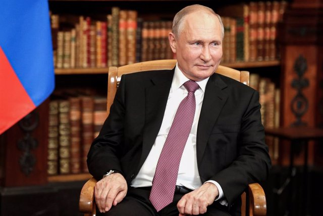 Archivo - HANDOUT - 16 June 2021, Switzerland, Geneva: Russian President Vladimir Putin attends a meeting with USPresident Joe Biden (not picture), USSecretary of State Antony Blinken (not picture) and Russian Foreign Minister Sergey Lavrov. Photo: -/Kr