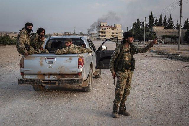 Archivo - Combatientes del Ejército Nacional Sirio, apoyado por Turquía