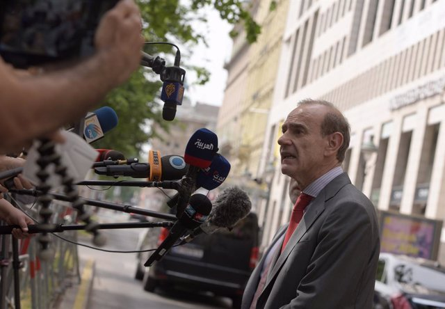 Archivo - (210621) -- VIENNA, June 21, 2021 (Xinhua) -- Enrique Mora, deputy secretary-general and political director of the European External Action Service, speaks to reporters after a meeting of the Joint Commission on the Joint Comprehensive Plan of A