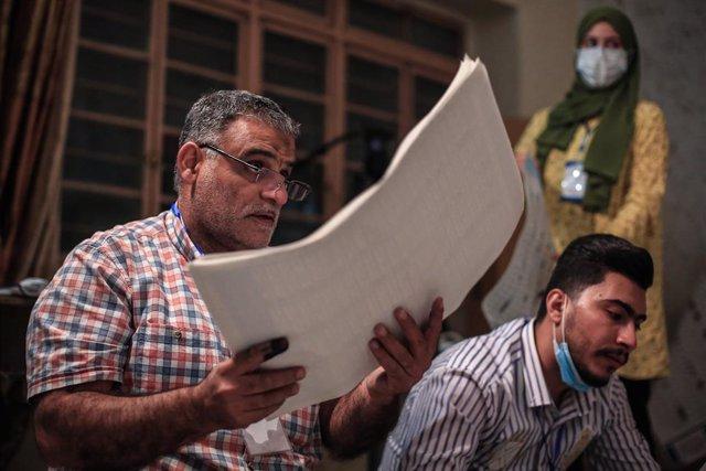 Recuento en las elecciones parlamentarias anticipadas en Irak
