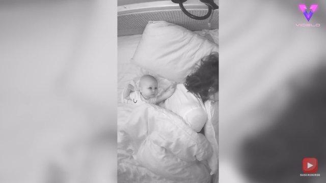 Esta mujer comparte su forma favorita de despertarse por la mañana en un vídeo que desprende ternura