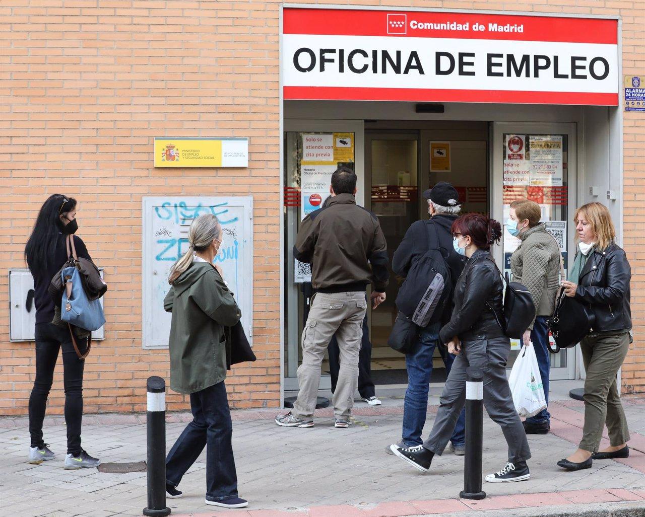 El desempleo de la OCDE se redujo al 6% en agosto, con España (14%) a la cabeza