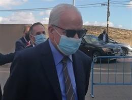 El exvicepresidente del Gobierno Alfonso Guerra en una visita a Alicante.