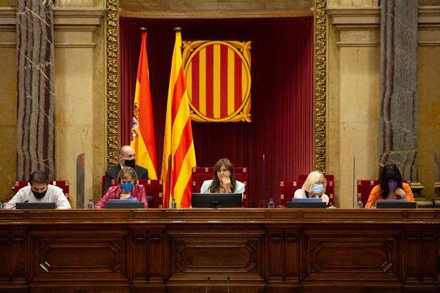 Arxiu - La presidenta del Parlament, Laura Borràs, al Parlament de Catalunya