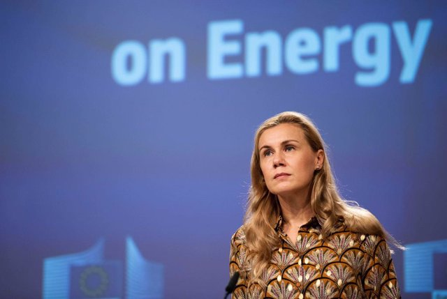 HANDOUT - 13 October 2021, Belgium, Brussels: Kadri Simson, European Commissioner for Energy, speaks during a press conference on the Communication on Energy Prices, following the weekly meeting of the EUCommission. Photo: Jennifer Jacquemart/European Co