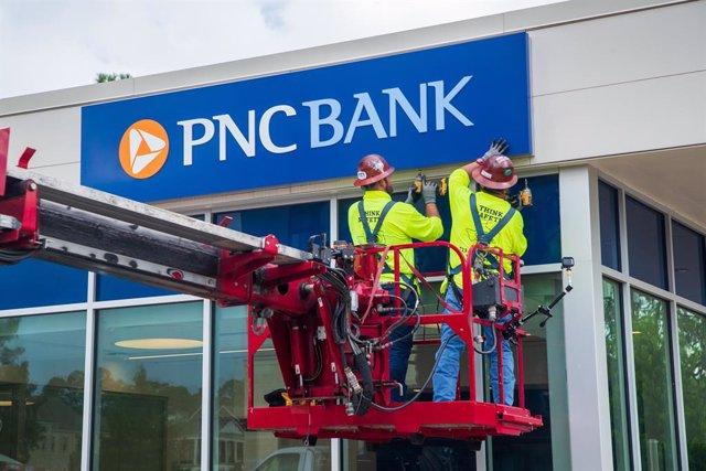 Conversión de una oficina de BBVA USA en una de PNC Bank.