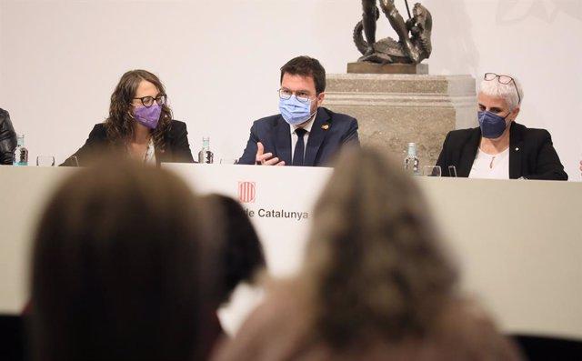 "El Govern presenta un protocol contra els feminicidios que identifica situacions ""revictimizantes"""