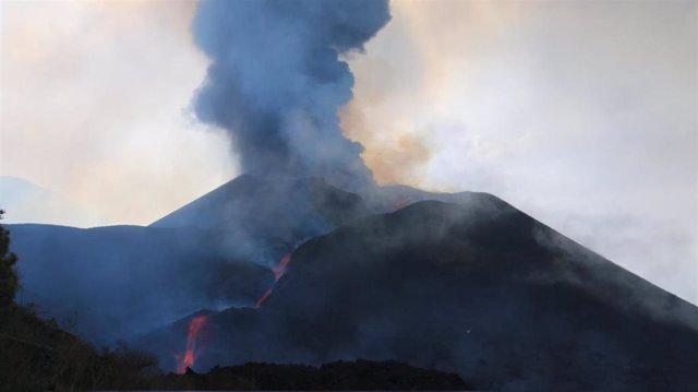 Imagen del volcán de La Palma cuando se cumplen 24 días de la erupción
