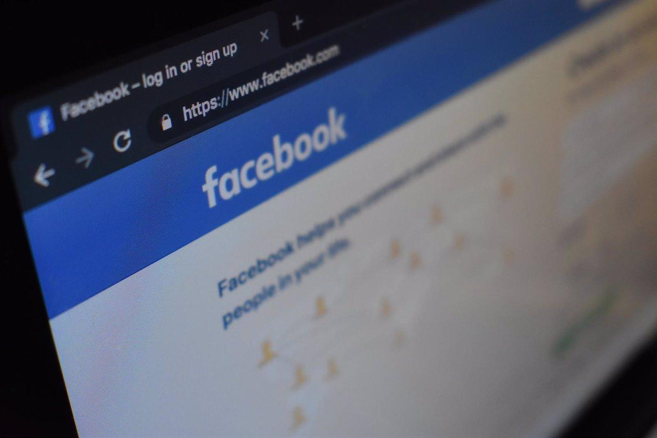 Facebook extiende la reducción de contenido político en el 'feed' a 75 países más