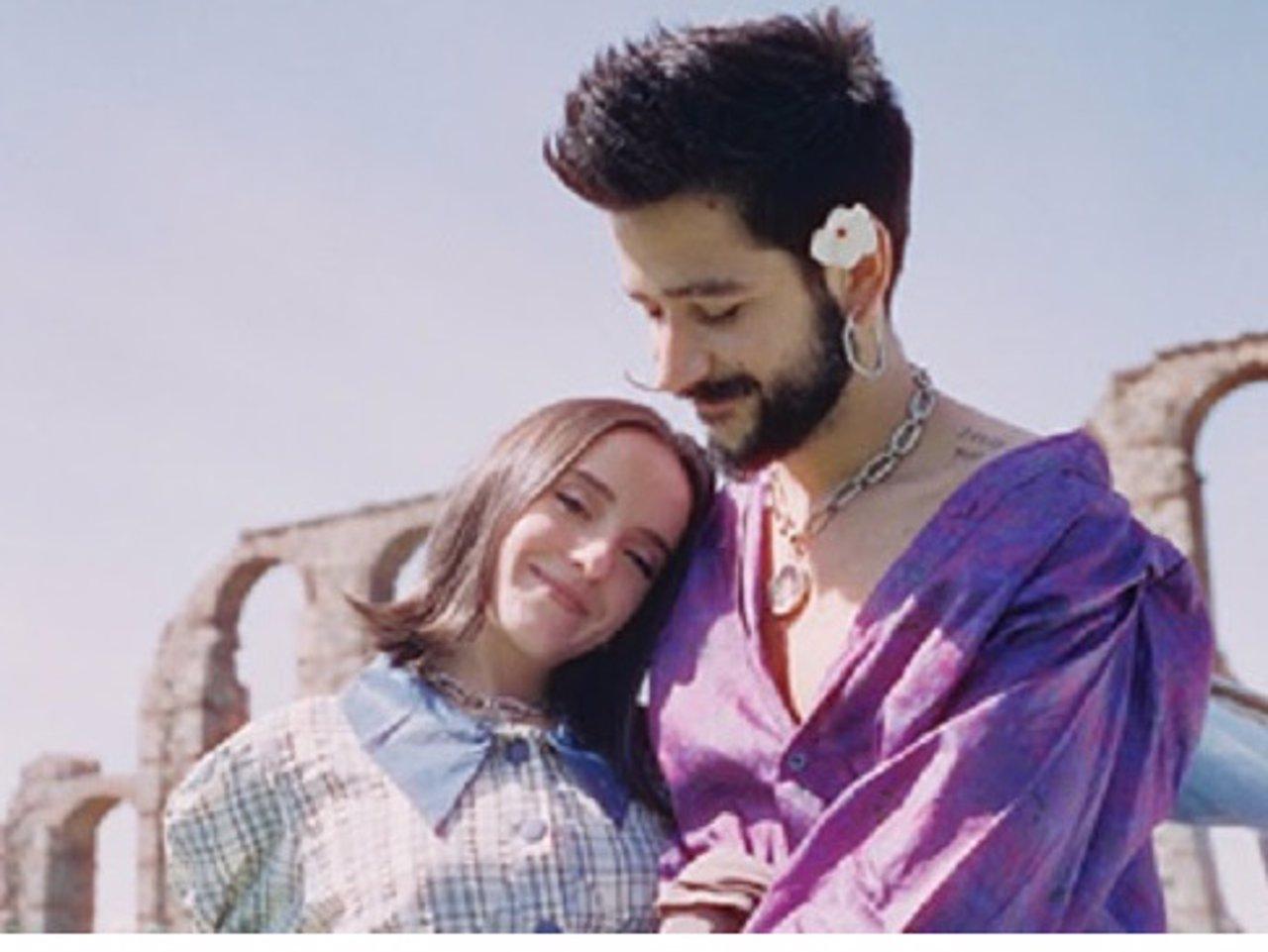 Camilo y Evaluna anuncian con su nueva canción, 'Índigo' ¡que serán padres por primera vez!