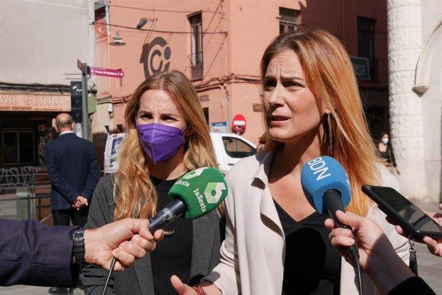 La líder dels comuns al Parlament, Jéssica Albiach, i la de Badalona En Comú Podem, Aïda Llauradó, a Badalona