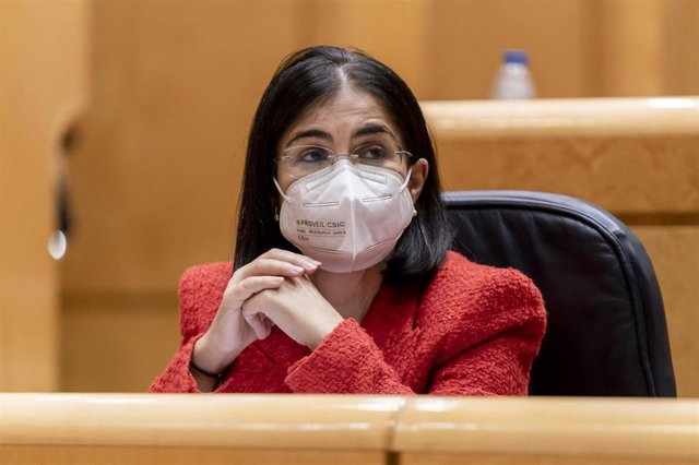 La ministra de Sanidad, Carolina Darias, en una sesión de control al Gobierno en el Senado, a 5 de octubre de 2021, en Madrid, (España).