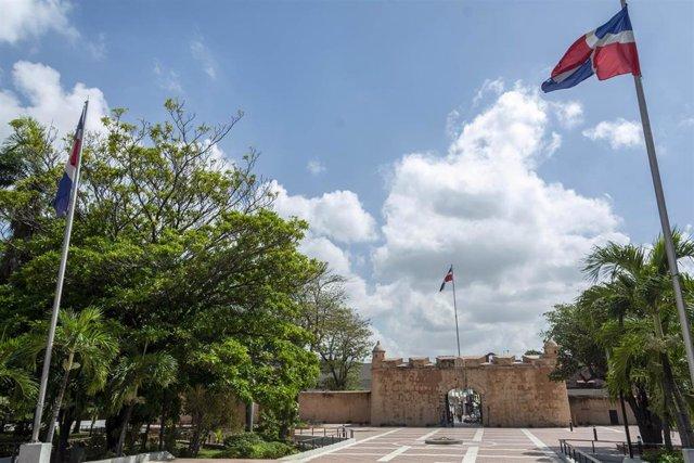Bandera de República Dominicana en Santo Domingo