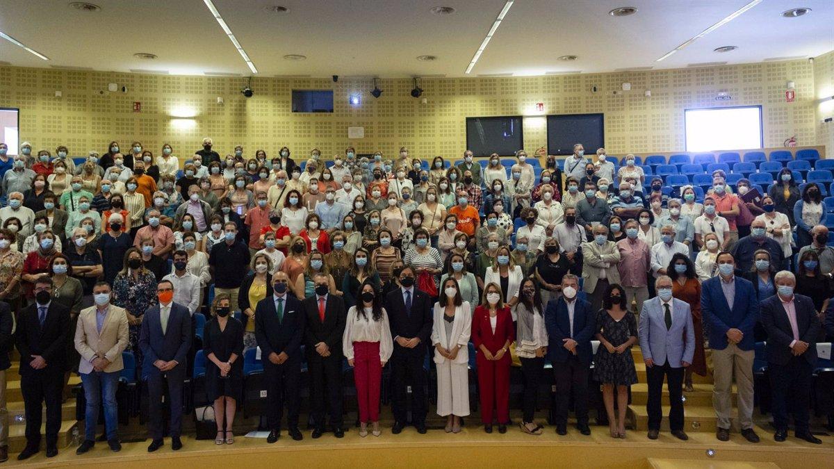 El Aula Abierta de Mayores de la Olavide en Sevilla retoma la máxima presencialidad, con cerca de 1.000 estudiantes