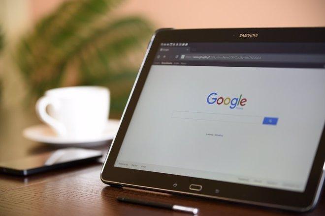 Navegador de Internet con Google
